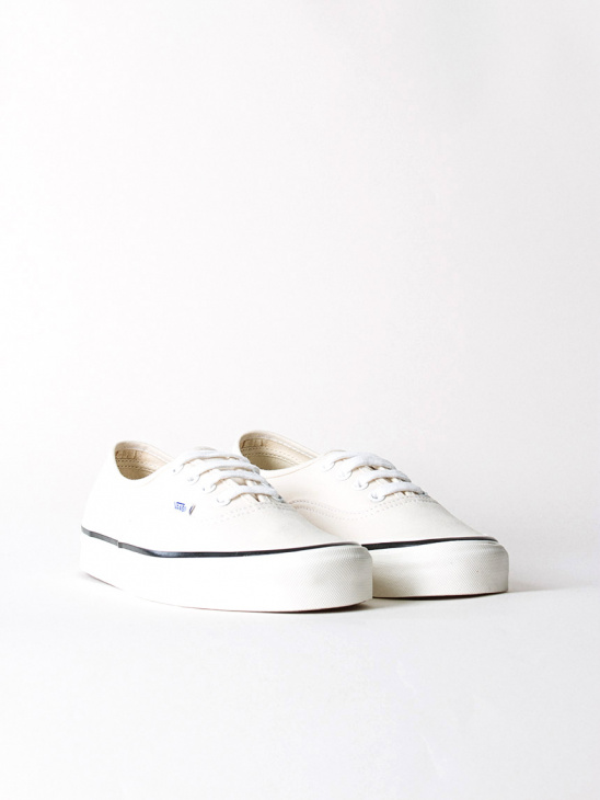 M UA Authentic 44 DX Cl White